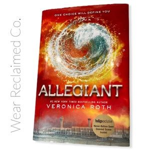 🛍3/$30🛍 Hardcover ALLEGIANT By Veronica Roth